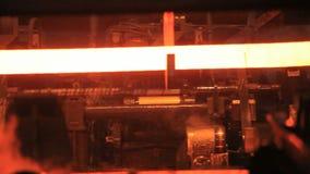 Varm rörstålproduktionslinje Metall leda i rör tillverkningslinjen lager videofilmer