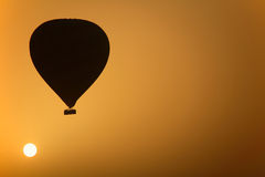 varm soluppgång för luftballong Royaltyfri Fotografi