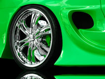 varma hjul Arkivfoto