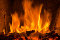 Varma kol i branden Royaltyfria Bilder