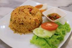 Varma och kryddiga stekte ris Fotografering för Bildbyråer