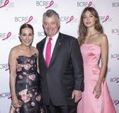Varma rosa partiankomster f?r BCRF 2019 royaltyfri bild