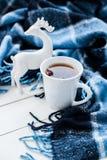 Varma te och julhjortar Royaltyfria Foton