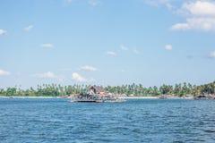 Varmt hem på havet royaltyfri foto
