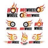 Varmt hjul som springer den plana etikettuppsättningen Flamma och exponera logoen, emblemet, auto transport, flammagummihjulet, i vektor illustrationer