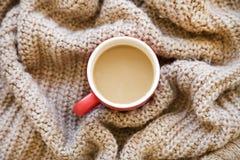 Varmt kaffe på sjalen Arkivbilder