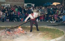 varmt kol Nonstinar lekar i Bulgarien Royaltyfri Fotografi