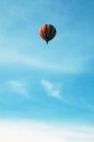 varmt luftballongflyg Arkivfoto