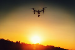 Varna, Bulgária - julho 09,2016: DJI inspiram 1 pro quadcopter do zangão Imagens de Stock Royalty Free