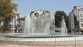 VARNA, BULGARIA - AUGUST 14, 2015: Fountain on Independence square. royalty free stock photos
