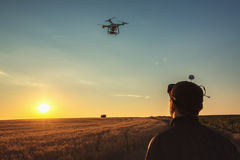 Varna, Bulgarie - 23 juin 2015 : Quadcopter Dji Pha de bourdon de vol Photos libres de droits