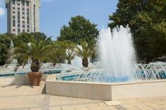 VARNA, BULGARIEN - 14. AUGUST 2015: Brunnen auf Maria-Luisa-Boulevard Lizenzfreies Stockbild