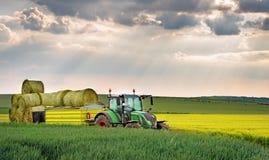 Varna Bulgarien - May 23., 2016: Traktor FENDT 724 Vario Fendt Fotografering för Bildbyråer