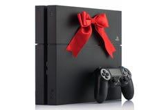 VARNA, Bulgarien - 18. November 2016: Spielbetrug Sony PlayStations 4 Lizenzfreies Stockfoto