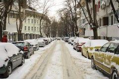 VARNA, BULGARIJE, 28 FEBRUARI, 2018: Stapel auto's met s worden behandeld dat Stock Foto