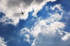 Varna, Bulgarije - Juli 05, 2015: Vliegende hommel quadcopter Dji Pha Royalty-vrije Stock Foto