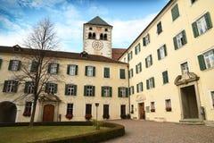 Varna BZ 2 de noviembre de 2017: Abadía de Novacella, el Tyrol del sur, Bressanone, Italia Fotos de archivo