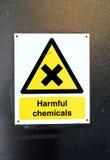 Varnande tecken för skadliga kemikalieer Royaltyfria Bilder