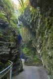 Varone瀑布加尔达湖, Varone, Trentin峡谷的看法  免版税图库摄影