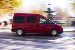 Varredura na camionete vermelha Fotos de Stock Royalty Free