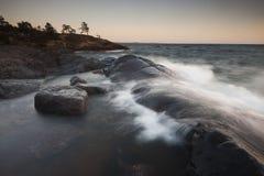 Varreduras das ondas dentro Imagens de Stock Royalty Free