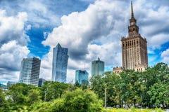 Varsóvia, Polônia: o palácio da cultura e da ciência, Palac polonês Kultury mim Nauki fotos de stock