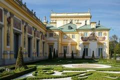 VARSÓVIA, POLAND/EUROPE - 17 DE SETEMBRO: Palácio de Wilanow em Varsóvia imagens de stock