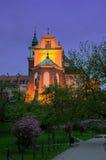 Varsavia, Polonia, Città Vecchia, vista di notte della chiesa del ` s di St Anne Fotografia Stock
