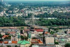 Varsavia/Polonia - 09 02 2016: Vista aerea sul ponte moderno di architettura Fotografie Stock Libere da Diritti