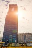 VARSOVIA, POLONIA, vida de ciudad adentro El desarrollo de la construcción moderna y de la infraestructura municipal en la capita imágenes de archivo libres de regalías