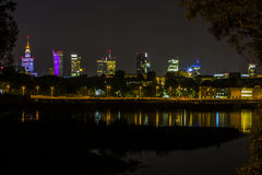 Varsovia por noche, Polonia fotografía de archivo libre de regalías