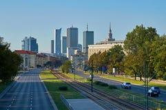 Varsovie, Pologne - 27 août 2016 : Vue panoramique du centre sur le coucher du soleil, avec le palais de la culture et de la Scie Photos stock