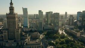 VARSOVIE, POLOGNE - 5 JUIN 2019 Vue a?rienne du centre de la ville banque de vidéos