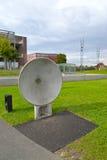 Varsovie, Pologne Un plat acoustique dans les ouvreurs de parc Centre de la Science de Copernic photo libre de droits