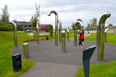 Varsovie, Pologne Une vue d'installation acoustique de Sheptuna en parc des ouvreurs Centre de la Science de Copernic photos stock
