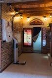 varuautomat för bås för 50-talstilfoto på en vit bakgrund med den snabba banan Arkivbild