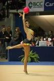 Varvara Filiou presteert met bal Royalty-vrije Stock Foto