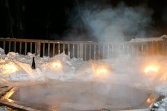 Vasca calda di inverno alla notte Fotografia Stock Libera da Diritti