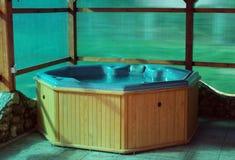 Vasca calda di legno Immagini Stock