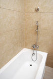 Vasca da bagno ed acquazzone fotografia stock libera da diritti