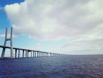 Vasco da Gama Bridge! Det längst i Europa royaltyfri foto
