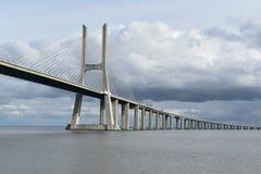 Vasco da Gama Bridge - Lisbonne, Portugal Photos libres de droits