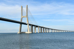 Vasco da Gama Bridge - Lisbonne, Portugal Photos stock