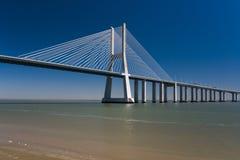 Vasco da Gama Bridge in Portugal Lizenzfreie Stockbilder