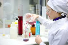 vase γυαλιού κυλίνδρων εργ&al Στοκ εικόνες με δικαίωμα ελεύθερης χρήσης