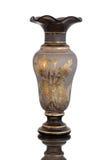 Vase antique - verre taillé - sur le fond blanc Images stock