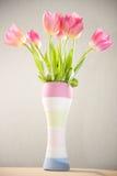 Vase de tulipes photo libre de droits