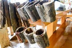 Vase en bois à orchidée Photos stock