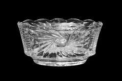 Vase en cristal d'isolement sur un fond noir photos stock