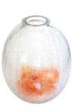 vase en verre à pétales de fleurs criquées Photo stock